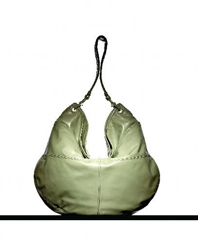 写真 写真:ボッテガ・ヴェネタが復刻したバッグ