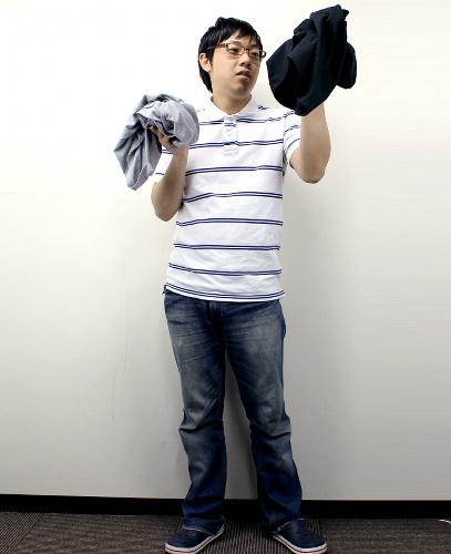 写真:「メンズファッション+」では、永上社長自らモデルになり「無難かっこいいコーディネート」のイメージを掲載。写真は変身前