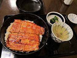 写真:鰻お丼