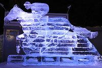 道新 氷の広場「疾走するサラブレッド」 (C)北海道新聞社