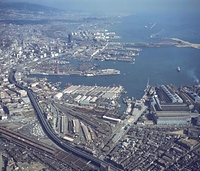 西からみた神戸港=1970年1月21日