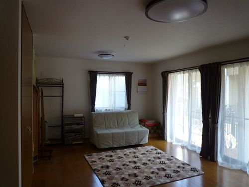 写真:一階のサブリビングは将来、親たちのスペースに(同上)
