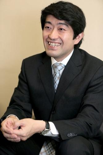 写真:将棋の森内俊之名人=長島一浩撮影