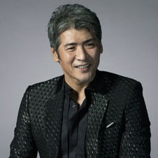 デビューから30年 「時計が似合う人」に吉川晃司