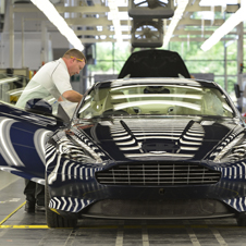 世界の名車<特別編>アストンマーティン・ゲイドン工場のすべて