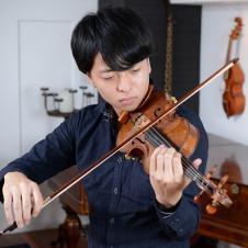 正解がないから新しい価値を生み出せる バイオリニスト・岡本誠司