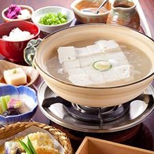 秋になれば冬近し、恋しくなるのは京の湯豆腐