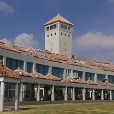 沖縄でつくるという選択「本土の建築家」