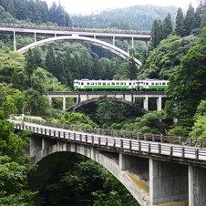 代行バスと列車でつなぐ只見線-駅前旅館に泊まる無人駅鉄道の旅2