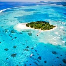 白砂のビーチと遠浅の海 マニャガハ島