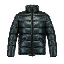 〈男のブランド館〉超軽量「ヘルノ」のコートで快適な冬を