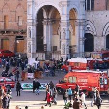 広報活動にも熱心なイタリアの消防隊