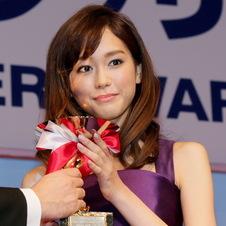第26回日本ジュエリーベストドレッサー賞