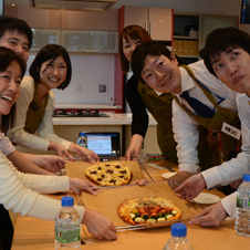 ピザ調理で学ぶ、効果的なチーム作り NTTドコモが新事業