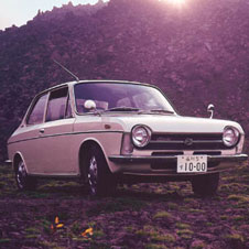 世界の名車<第56回>画期的メカニズムの「スバル1000」