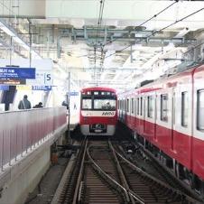 東急、京急、JR、それぞれに個性的な蒲田駅