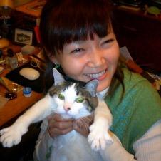 初の著書「子宮会議」の執筆 洞口依子さん