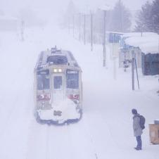 吹雪をついて日本最北端へ2ー駅前旅館に泊まる無人駅鉄道の旅12