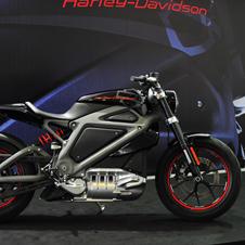 ハーレー初の電動バイク「LiveWire」を試乗しにマレーシアへ