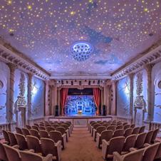 世界一小さな98席の「アントニオ・ベッローニ劇場」