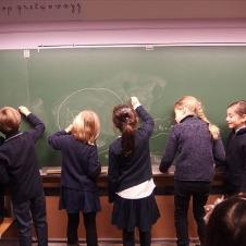 フランスの小学校で開かれる「朝食会」