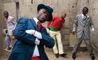 コンゴの紳士「サプール」が写真集に