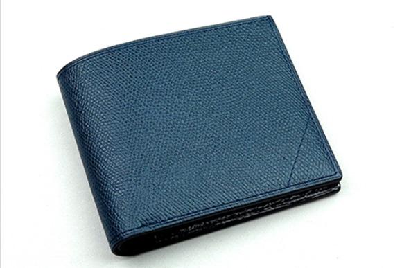 高級時計ブランドから信頼される皮革 「カミーユ・フォルネ」の財布