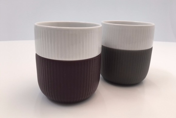 陶器にシリコンを巻いた『ロイヤル コペンハーゲン』の湯飲み茶わん