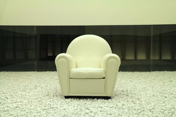 歴代の高級ソファを集めた「ポルトローナ・フラウ博物館」