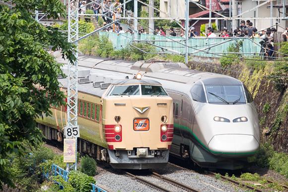 国鉄特急色485系車両 最後の雄姿を追う