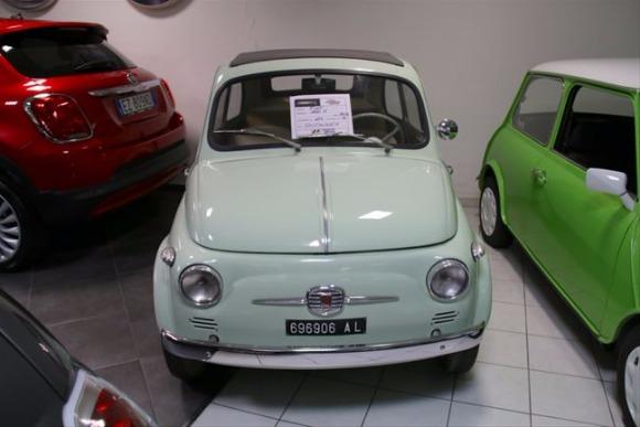 イタリアの商店<第25回>イタリアの人気「自動車販売店」