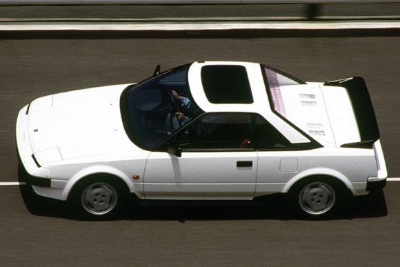 世界の名車<第110回>万人向けミドシップ「トヨタMR2」