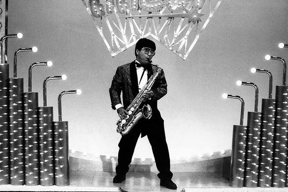 むちゃ振りのサックス演奏が広げた仕事の輪 小倉久寛さん