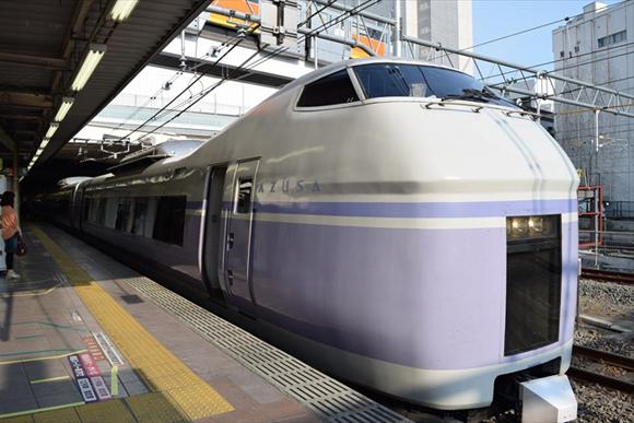 立川駅 中央線、青梅線、南武線が行き交う多摩の大都会