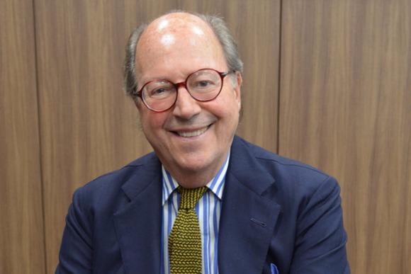 ナポリを代表する老舗サルトリアの2代目・ルビナッチ会長