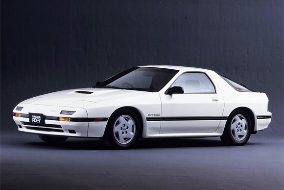 世界の名車<第122回>繊細で豪快な「マツダ・サバンナRX-7」