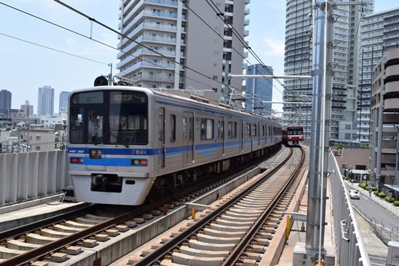 曳舟駅・京成曳舟駅 激変した駅で見つけた近未来的風景