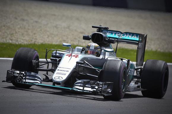 F1第9戦オーストリアGP速報、最終周でハミルトン逆転優勝