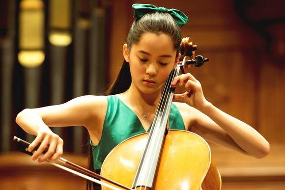 台湾の美少女チェロ奏者は「天才ではなく努力型」 Nanaさん
