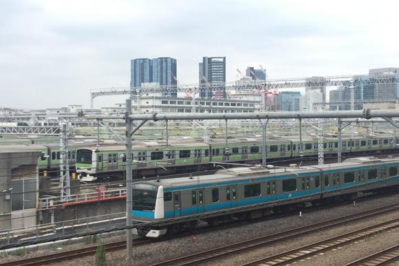 大井町駅はJR、東急、りんかいの3線が集結する鉄道要衝地