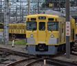 上石神井駅で延々と続く留置線を線路沿いに追う
