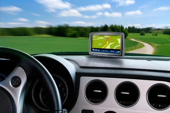 急加速しているクルマの自動運転システムの普及