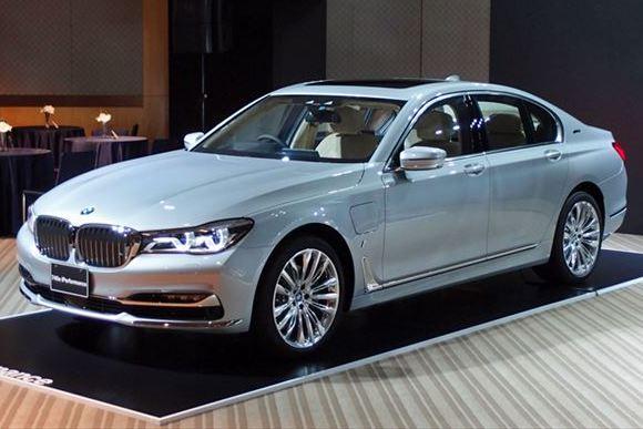 「BMW 7シリーズ」にPHVのエントリーモデルが登場