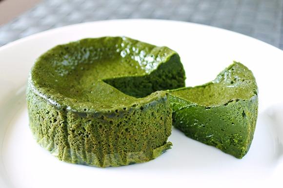 厳しい環境に育った大和茶でつくる「抹茶のテリーヌ」
