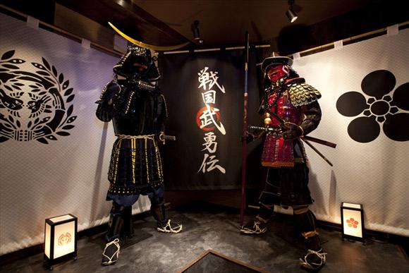 「歴女」が集う歌舞伎町の武将スポット