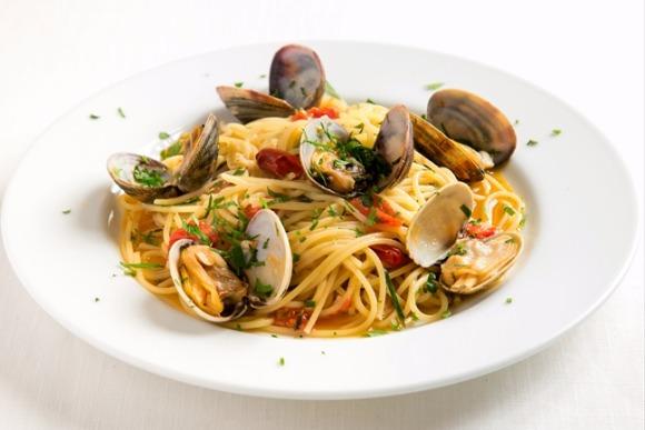 絶対に飽きない味、毎週食べたいあさりのスパゲッティ 辻村深月さん