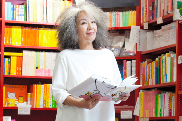 落合恵子さん「私の着たい服」 自らデザイン、新ブランド