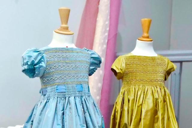 仏の高級子供服「ボンポワン」 伝統の手技に、夢と愛情を込めて
