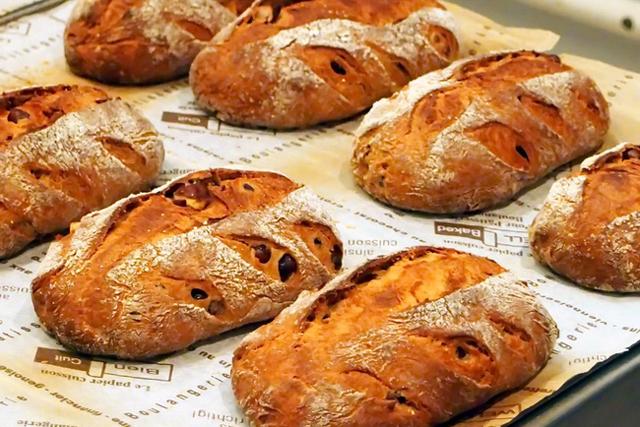 とれたての小麦の香りを食卓へ 「新麦コレクション」のパン教室