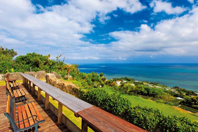 沖縄カフェ<1>絶対行きたい!海カフェ ~カフェくるくま